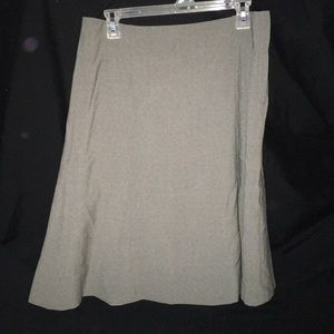 🍯 Grey Skirt